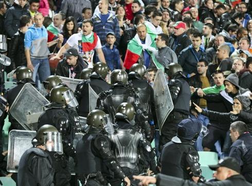 УЕФА затвори част от Националния стадион за мача с Италия