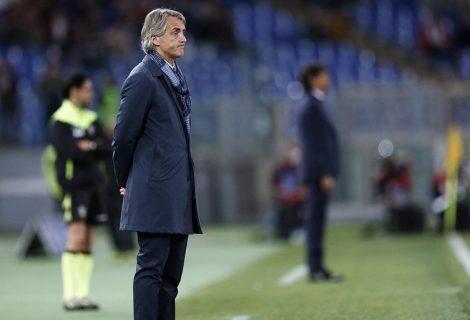 Англия покани Манчини за мача с Малта